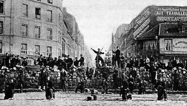 Em Memória à Comuna de Paris